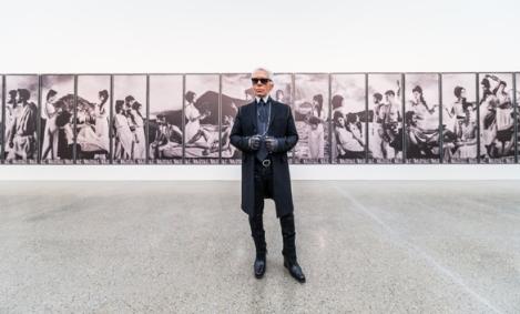Karl Lagerfeld in der Ausstellung im Museum Folkwan