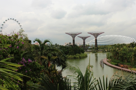 Gardens-by-the-bay_Singapore_silver-garden-cloud-forest