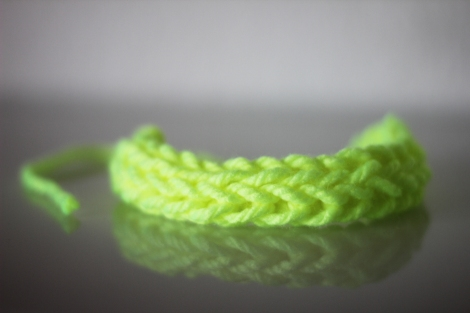 Neon_Wolle_Armband
