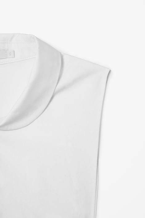 COS Mock Shirt Detail