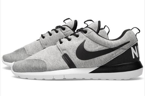 Nike Roshe Run Grau Sweaterstoff Jersey